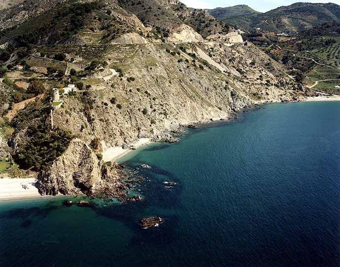 Torre del Pino Cove - Beaches of Nerja